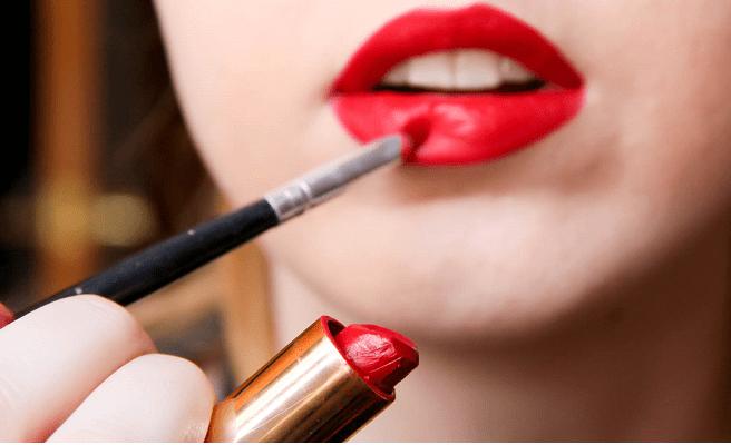 Trucos para hacer los labios más voluminosos y jugosos. 1