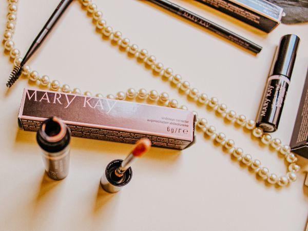 Guía esencial para tus cejas con Mary Kay 1